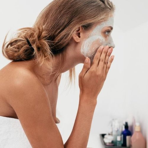 A Self-Care Skincare Routine for Glowing Skin article image